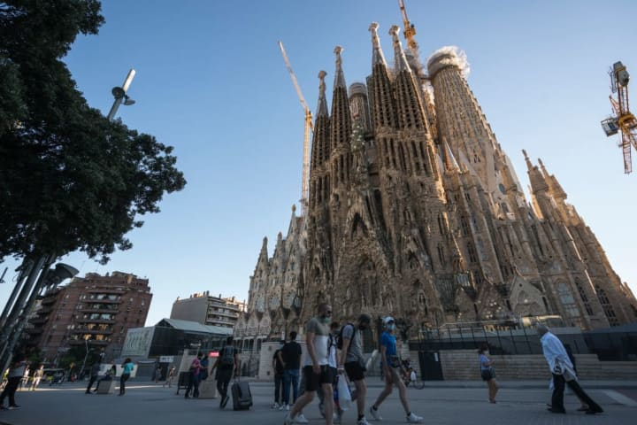 Covid Cases Raise In Barcelona 26% In August