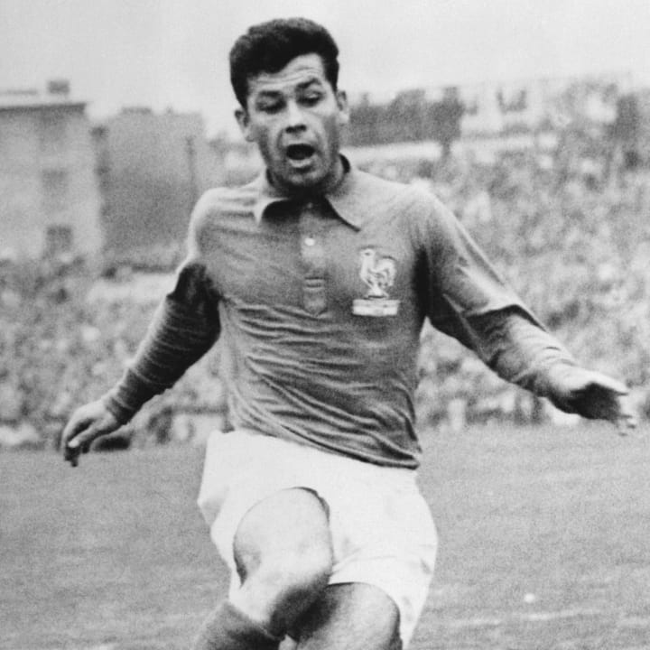 SOCCER-FRANCE-HUNGARY-JUST FONTAINE